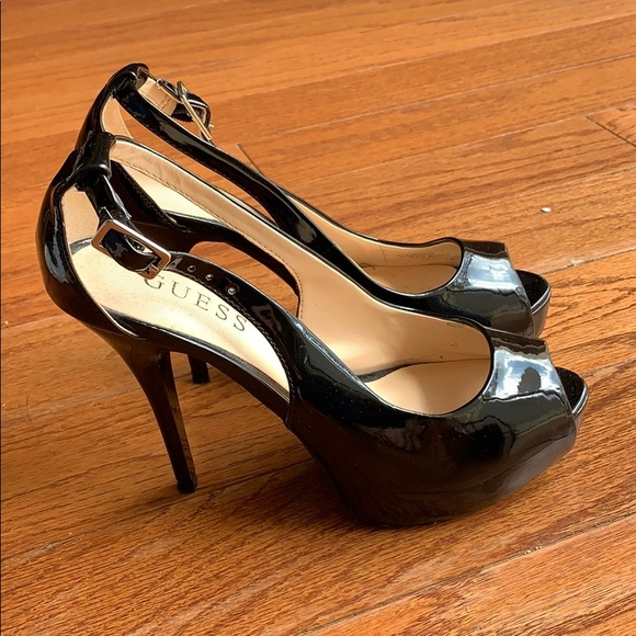 50% off incredible prices wholesale dealer Guess Black Patent Leather Pumps